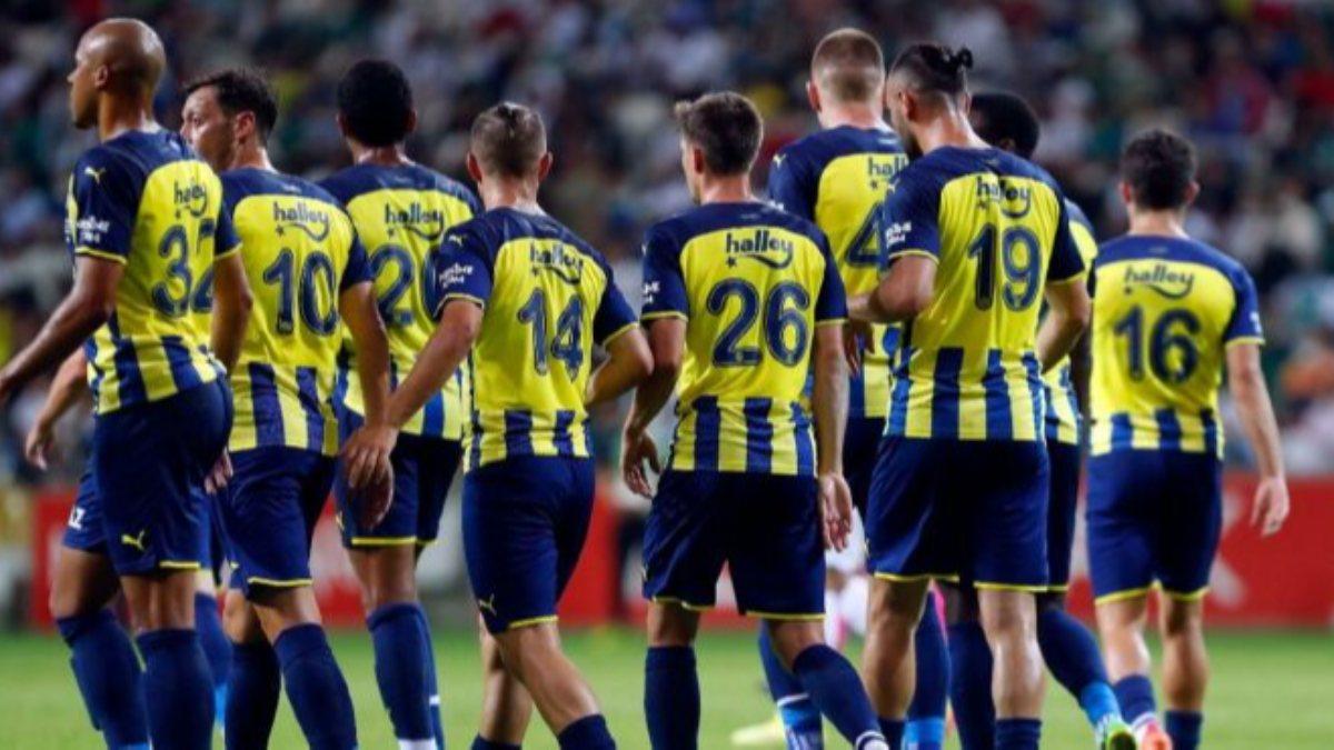 Adana Demirspor-Fenerbahçe maçının ilk 11'leri